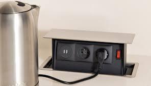 prise plan de travail cuisine prise electrique encastrable cuisine 1 dissimulable lzzy co