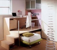 bureau gigogne bureau en bois contemporain avec lit gigogne pour enfant why