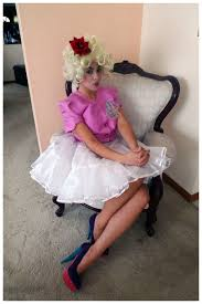 effie trinket from the hunger games costume theme me