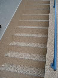bodenbelag treppe treppen kieselbeschichtung steinsystem