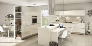 quelle couleur pour une cuisine blanche cuisine blanche mur jaune meilleur idées de conception de maison