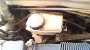 where is the brake fluid reservoir in a vauxhall astra youtube