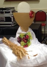 communion decorations communion table decoration 004 holy beginnings