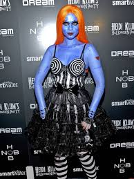 nightmare before christmas halloween costumes adults 23 celebrity halloween costumes from over the years playbuzz