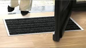 quickstep doormat matwell for laminate flooring 434x746mm amazon