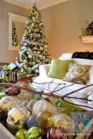 Decoration Round Christmas by Celebrating