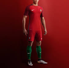 What Are The Colors Of The Portuguese Flag 2016 Portugal Football Shirt U0026 Jersey Nike Com Uk
