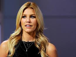 charissa thompson short hair images charissa thompson not everything is a clown show on fox sports