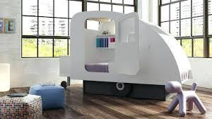 chambre design garcon chambre enfant design lit caravane lit enfant design laque blanc