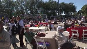mattress mack invites houstonians to thanksgiving meal at