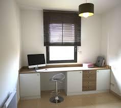 plan de travail pour bureau sur mesure l atelier bureau mur à mur sur mesure bureau mur à mur beziers