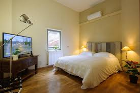 Schlafzimmer In Arles Pension Jean Luc Rabanel Les Appartés Frankreich Arles Booking Com