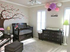 chambre bébé moderne chambre bébé fille en nuances de vert inspirantes chambre bébé