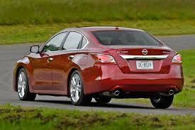 Nissan Altima Platinum - nissan altima is february best selling midsizer automobile magazine
