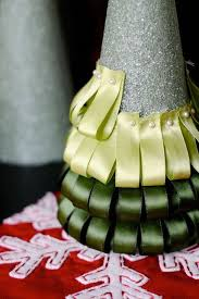 24 diy christmas trees for last minute holiday decorating the box
