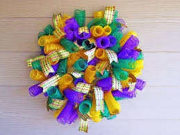 mardi gras deco mesh new orleans crafts by design how to make a spiral deco mesh