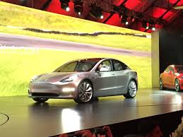 how many tesla model 3 electric cars can company build this year