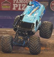 monster truck show missouri st louis missouri monster jam january 31 2015 hooked