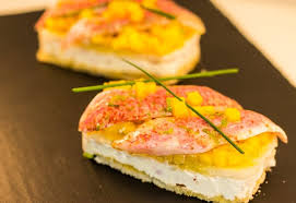 cuisiner rouget recette de canapé mangue et filet de rouget la recette facile