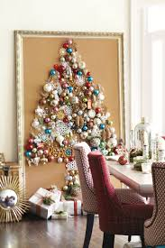 create tree from ornaments how to decorate