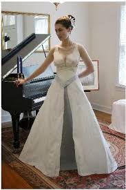 duct wedding dresses duct glitter glue and toilet paper wedding dress weddings