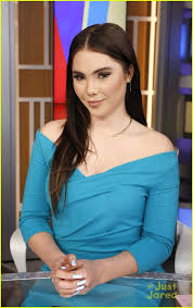 Maroney Meme - mckayla maroney recreates her not impressed face thanks michael