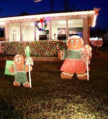 Spirit Of The Suwannee Christmas Lights Jasper Draws Crowd For Park Lighting News Suwanneedemocrat Com