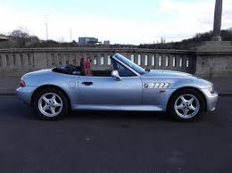 future cars bmw used 1998 bmw z3 1 9 roadster convertible fsh a future classic