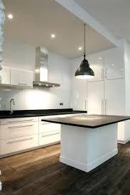 ilot cuisine blanc cuisine blanc laque avec ilot central cuisine blanc laquee avec