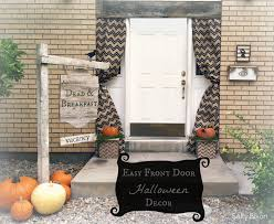 easy front door halloween decor