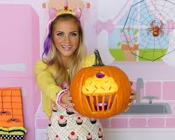video how to carve a cupcake jack o lantern diy cupcake pumpkin