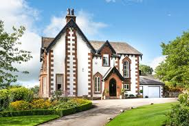 Five Bedroom Houses Top 10 White Houses For Sale Blog
