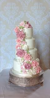 wedding cake essex 52 best iced wedding cakes images on wedding