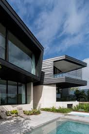 contemporary balmoral house in green australian paradise