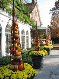 Fall Garden Decorating Ideas 203 Best Decorating With Metal Buckets Images On Pinterest