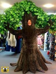 amazing tree costume but might be annoying to wear tree