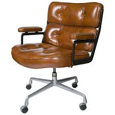 eames executive chair by herman miller at 1stdibs
