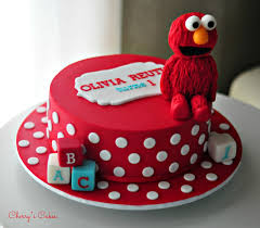 elmo birthday cakes this is a simple exle of a birthday cake elmo birthday cake
