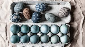Easter Decorations Au homelife how to decorate easter eggs with ombre dye and quilt fabric