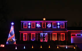 chicago trolley holiday lights tour where to find the best holiday lights in naperville naperville sun