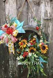 Spring Wreath Ideas 327 Best Wreath Images On Pinterest Grapevine Wreath Front