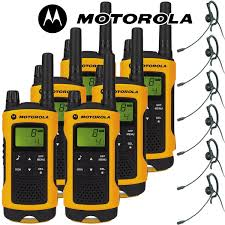 motorola tlkr t80 extreme two way radio walkie talkie travel pack