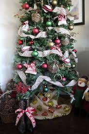 Christmas Tree Skirt Burlap Delightfuldiy Burlap Tree Skirt U2013 Delightfully Kristi
