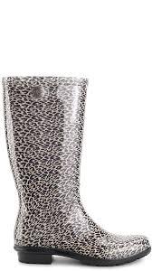 ugg womens boots size 10 amazon com ugg s shaye leopard boot mid calf