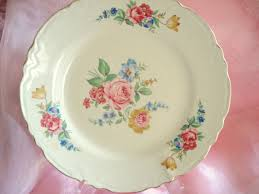 Shabby Chic Dinner Set by Vintage Shabby Cottage Chic Floral Dinner Plates Set Of 4 1950s On