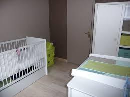 chambre bébé vert et gris awesome chambre bebe marron et vert images lalawgroup us