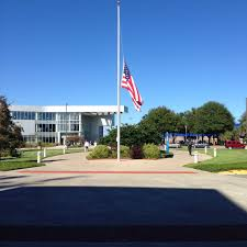 Flag Flown At Half Mast Unf Honors Pearl Harbor Lowers Us Flags To Half Mast U2013 Unf Spinnaker