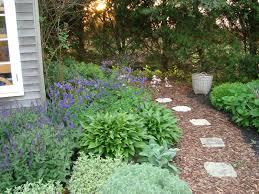 Backyard Walkway Designs - backyard walkways image how to design backyard walkways u2013 design