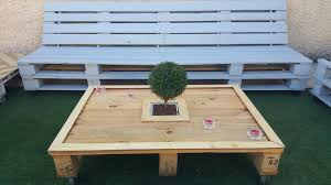 Diy Wood Pallet Outdoor Furniture by Diy Cool Pallet Patio Sofa Set Planters 99 Pallets