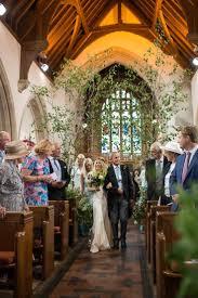 wedding flowers church the 25 best church wedding flowers ideas on pew
